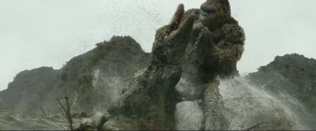 Kong fights a Skullcrawler in Kong: Skull Island (2017)