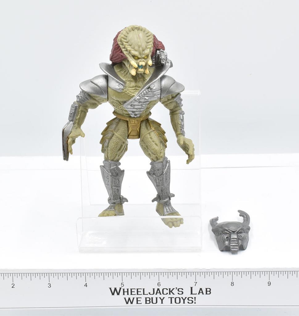 Kenner's 1994 Scavage Predator